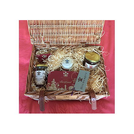 Highgrove Christmas Taster Hamper from the Prince of Wales Image