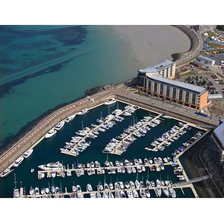 5 nights berthing in the Marina Image
